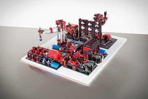 536629_fabrik_simulation_9v-packshot
