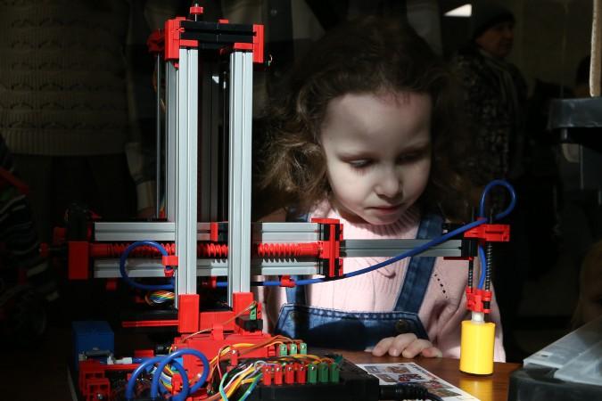 3D-манипулятор с вакуумным захватом
