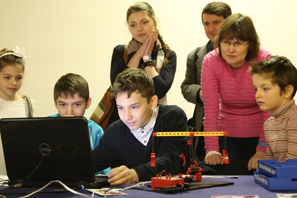 FISCHERTECHNIK - «Занимательная автоматика для детей и взрослых»