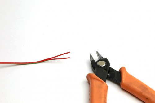 Подготовка провода к поделючению