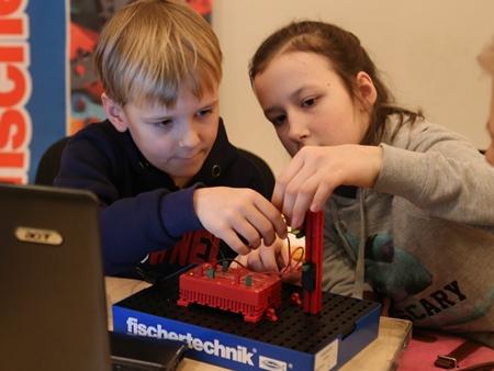 FISCHERTECHNIK на детском фестивале науки WOW HOW